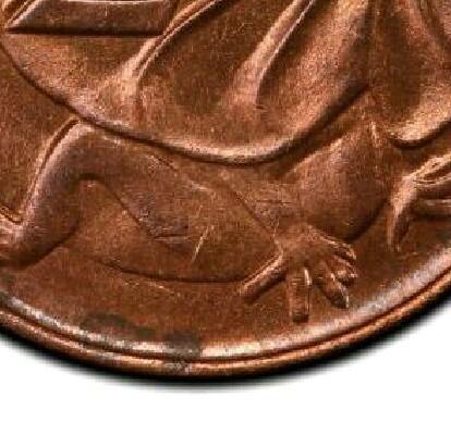A 1968 two cent piece without the initials of Stuart Devlin (Sans SD).
