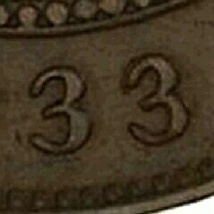 Final digits of the date of a 1933/2 Overdate half penny