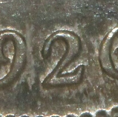 Serif variety of the 1926 Sixpence.